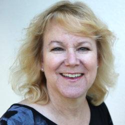Susie Stark Headshot